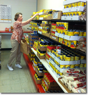 Volunteering at Chickasha Food Pantry