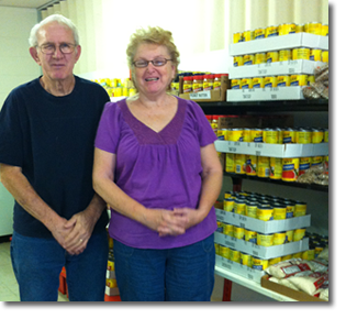 volunteer at Chickasha food pantry